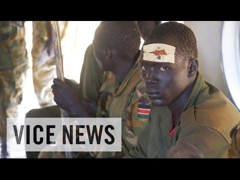 Subscribe to VICE News here: http://bit.ly/Subscribe-to-VICE-News The war in South Sudan began in murky circumstances in mid-December, when tribal factions w...