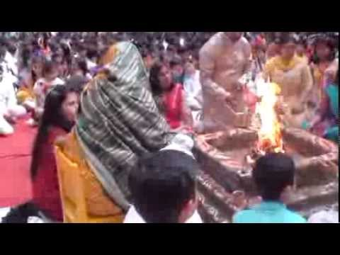 Saraswati Pooja In Bharatiya Vidya Bhavan R.k Sarda Vidya Mandir 2014 video