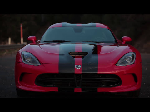 SRT Viper vs. Porsche 911 Turbo S