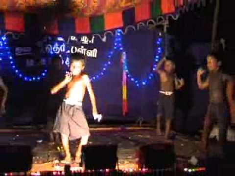 Varan Varan Poochandi Dance In M.kalathur School video