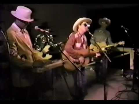 Red Knuckles&The Trailblazers - Wigwam Wiggle - Winterhawk - 1990