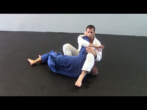 Submission string from reverse armbar - Knee on stomach