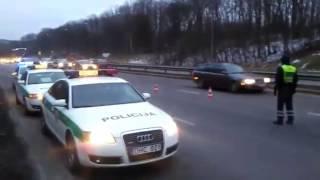 Skaitytojo video: kelių policijos reidas Kaune