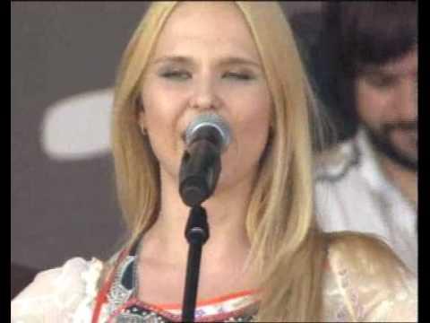 Пелагея - Раным рано (Live)