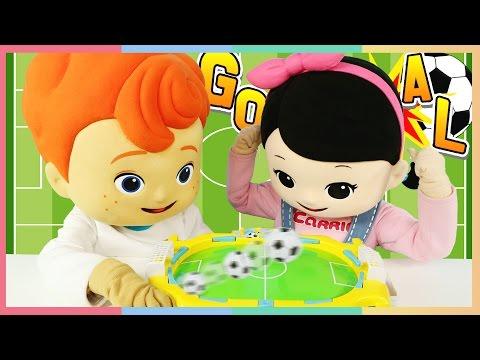 凱文和凱利的海棉寶寶桌面足球對決比賽玩具遊戲  |   凱利和玩具朋友們 |    凱利 TV