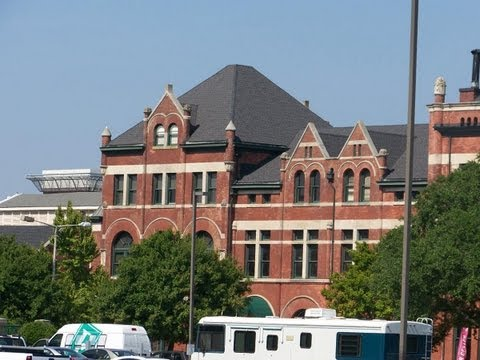 Montgomery Alabama - A Drive in Town