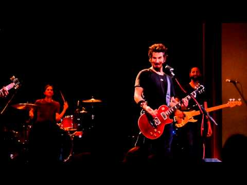 Matt Nathanson - Heat of the Moment (Asia cover) - Fargo Theatre 09/06/2011