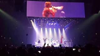 Download Lagu Arcade Fire & Florence Welch - Dog Days Are Over (Live London Wembley Fri 13/04/2018) Gratis STAFABAND
