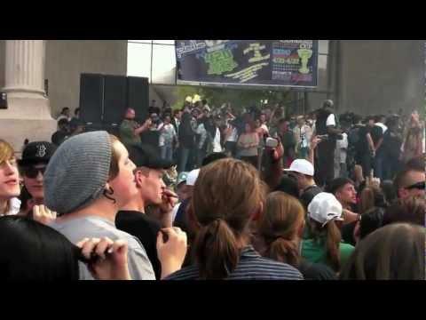 Denver officer shot, killed near park concert - Worldnews.