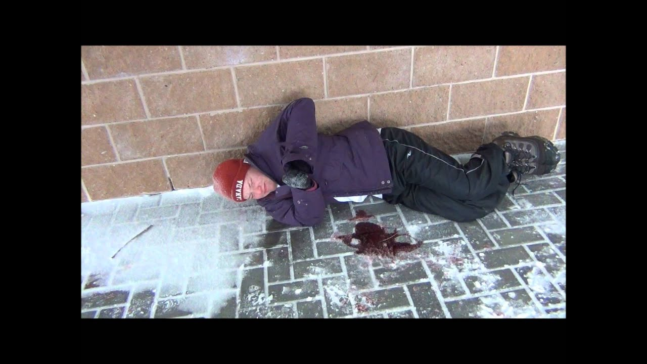 how to write papers about on the sidewalk bleeding essay essays on personal response on the sidewalk bleeding