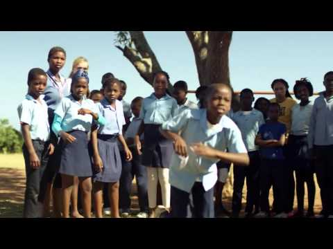 USA Athlete Ambassador Allyson Felix Visits Right To Play Mozambique