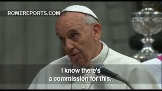Pope calls on Italian bishops to reduce the high number of dioceses in the country