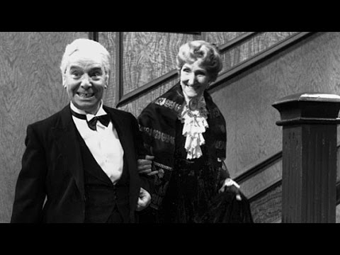 Same Procedure As Last Year (dinner For One; 1948, English, Norwegian Subs) video