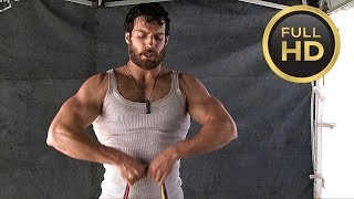 Henry Cavill Workout «Man of Steel» Featurette