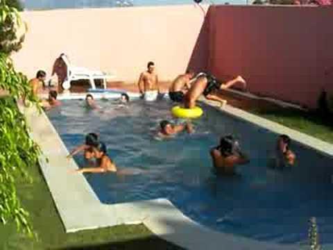 Silvestre y su piscina