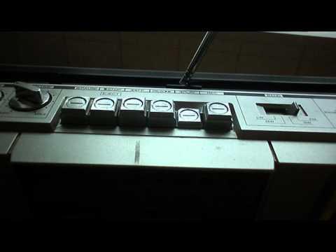 Vintage Hitachi Trk-6801e Cassette Recorder Radio Stereo Ghetto blaster Boombox