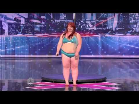 Şişman Kadın Striptizi