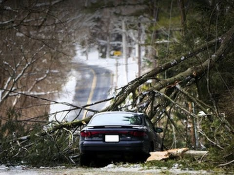 Winter storm: Thousands without power