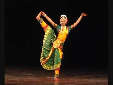 Bharatanatyam Arangetram Snake Dance Rangapravesha Indian Classical Dance  Rashmi Ravishankar Video2