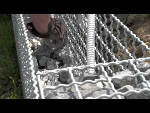 Gabionen-Ograda od pletene žice i kamena