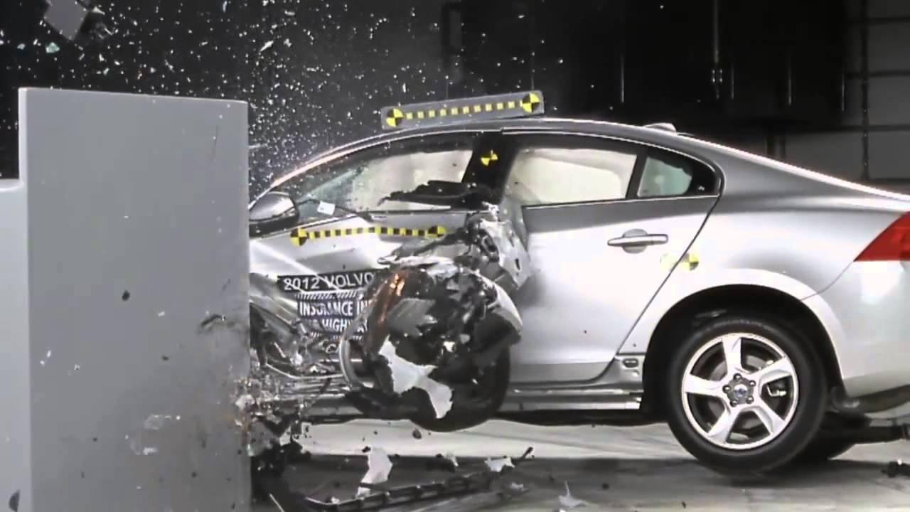 Volvo S60 T5 >> 2012 IIHS's new overlap frontal crash test : Volvo S60 T5 - YouTube