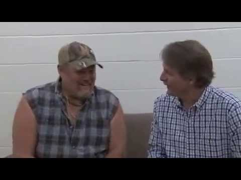Larry The Cable Guy Pees His Pants video