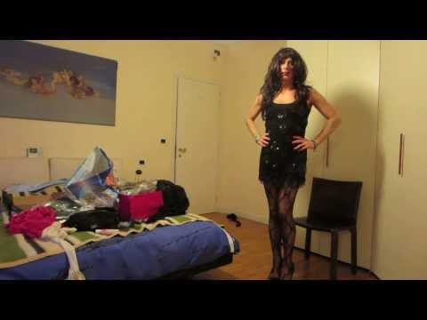 Misscorinnetrav,transvestite With  Beautiful Black Dress