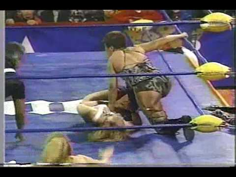 Lady Apache vs Tiffany (lucha de Campeonatos) 2.wmv