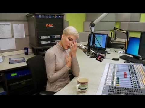 Halsey on Favorite Musics, Her Halloween Costume & More | Spilled Tea