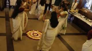 Thiruvathira - Kaithapoo Manamenthe - Cypress Point Onam 2013