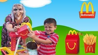 Greedy Granny Kids Pretend Play with mcdonalds kitchen playset    Mcdonalds drive thru kids