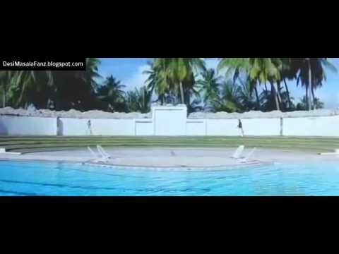 Nidhi Subbaiah hot kiss scenes