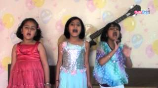 Student Of The Year - Indian Kids Singing Hindi song Radha I Student Of The Year Movie