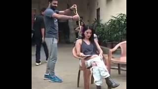 Sunny Leone funny moment in India