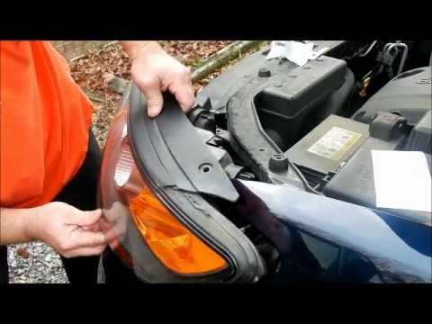2009 Hyundai Santa Fe - How to Replace the Headlights