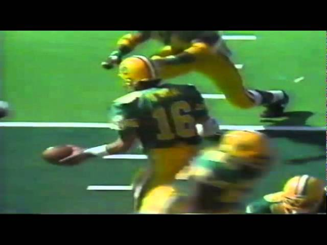 Oregon RB Donovan Moore runs down to the goal line vs. UNLV 9-26-1992