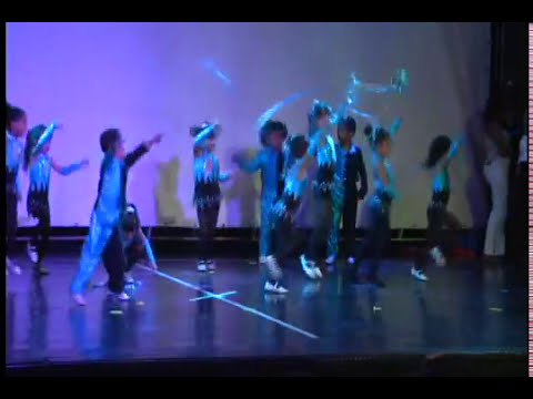 PINGUI Christmas Show 2012 Baile Final