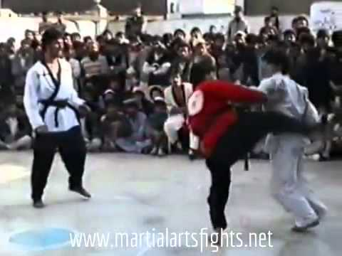 Very Rare Fight Kung Fu Vs Taekwondo (master Eshan Shafiq) video