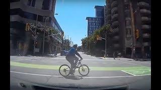 Ottawa cyclist struck by car!