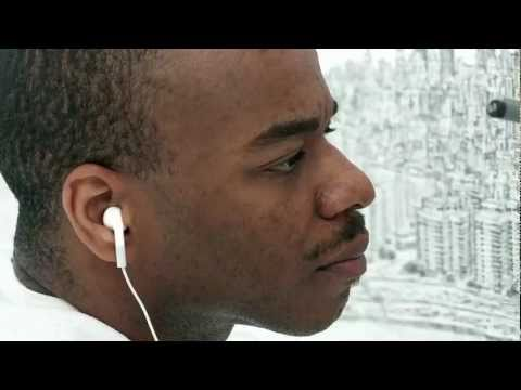 Stephen Wiltshire draws NYC for UBS
