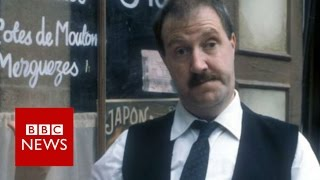 'Allo 'Allo! star Gorden Kaye dies at 75 - BBC News
