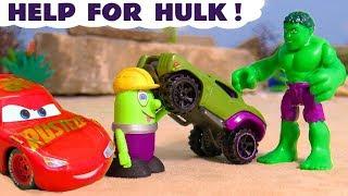 Funny Funlings help Hulk race against Disney Cars McQueen and Hot Wheels Superheroes TT4U