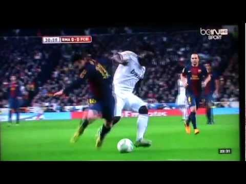 Michael Essien vs Lionel Messi (Duel)