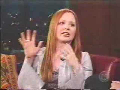Lauren Ambrose - [Apr-2002] - interview