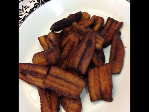 A delicious snack Ing: 3 ripe plantains 2 cups of canola oil Method: Peel the plantains and cut them as desired, fry on med heat until golden brown Enjoy.