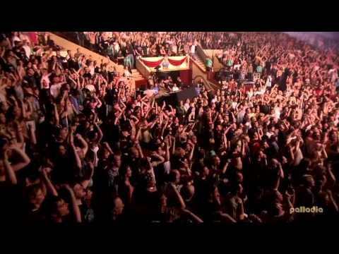 Live @ Circus Krone (2003) (HD)