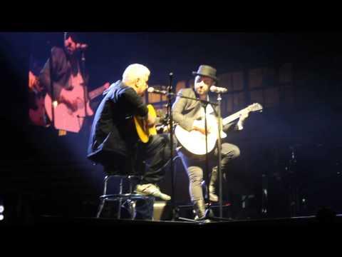 Giuliano Sangiorgi e Pino Daniele - Medley Caserta