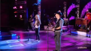 Download Lagu Jennifer Nettles & Sugarland - Just Might (Make Me Believe) Live 2007 Gratis STAFABAND