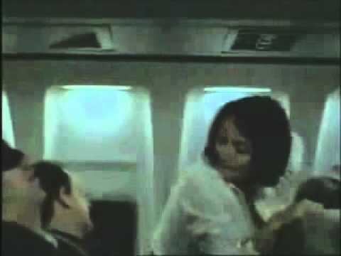 Airplane (Joey King)