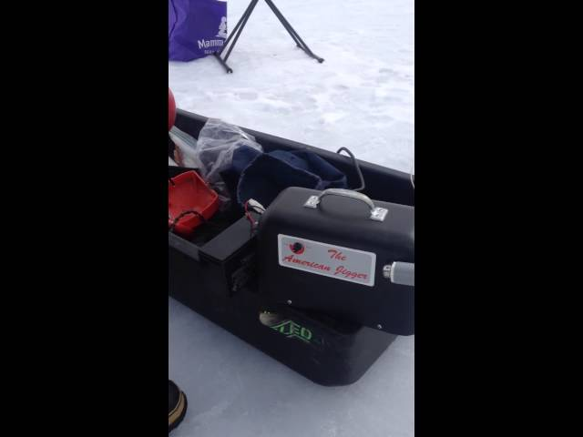 Ice Fishing American Jigger